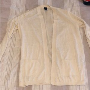 Beige cardigan - Gap - never worn (S)
